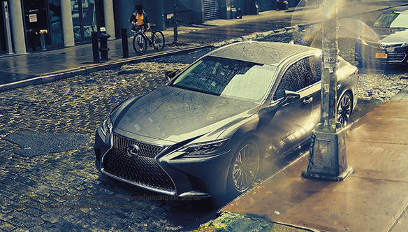 CMH Lexus - silver lexus